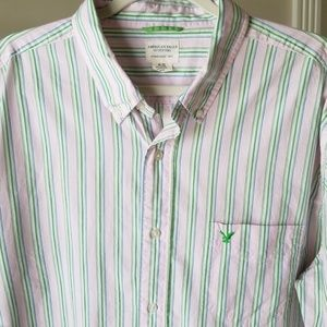 American Eagle Button Up Shirt size XL